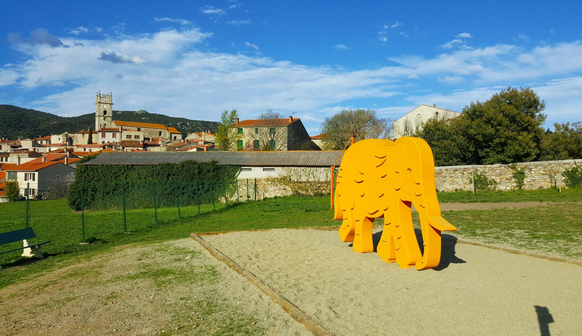 aire de jeux éléphant